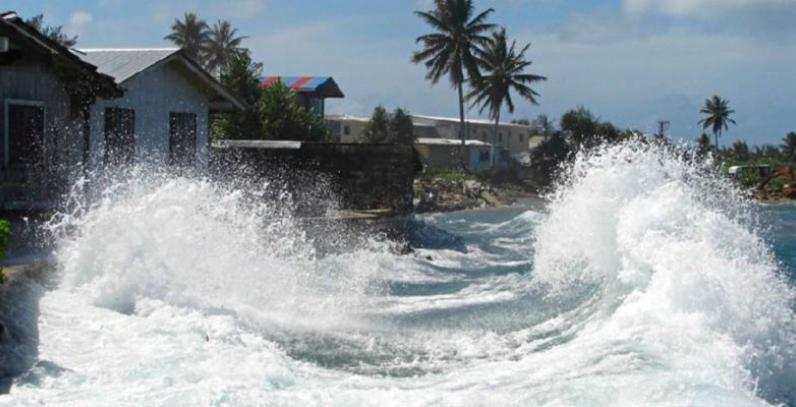 King tide waves hitting homes in Majuro, Marshall Islands