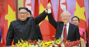 Left to right: North Korean Supreme Leader Kim Jong-Un and General Secretary of the Communist Party of Vietnam Nguyen Phu Trong