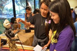 Students explore Asian art