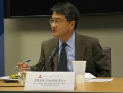 (Click to enlarge) Principal Deputy Assistant Secretary of State Joseph Yun answers questions from the audience at an off-the-record program at the East-West Center in Washington.